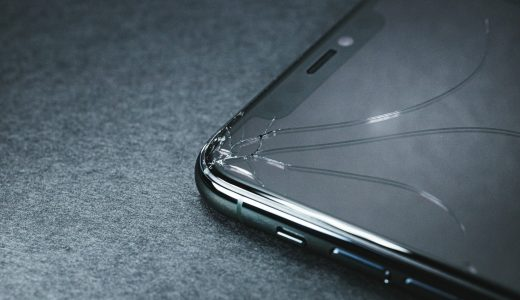 闇金がすすめる携帯契約の実態とは?【実際にあった被害相談】