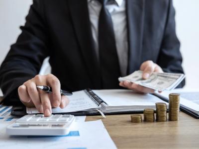 【3分でわかる闇金と消費者金融の違い】利息における3つの違いを弁護士が徹底解説!
